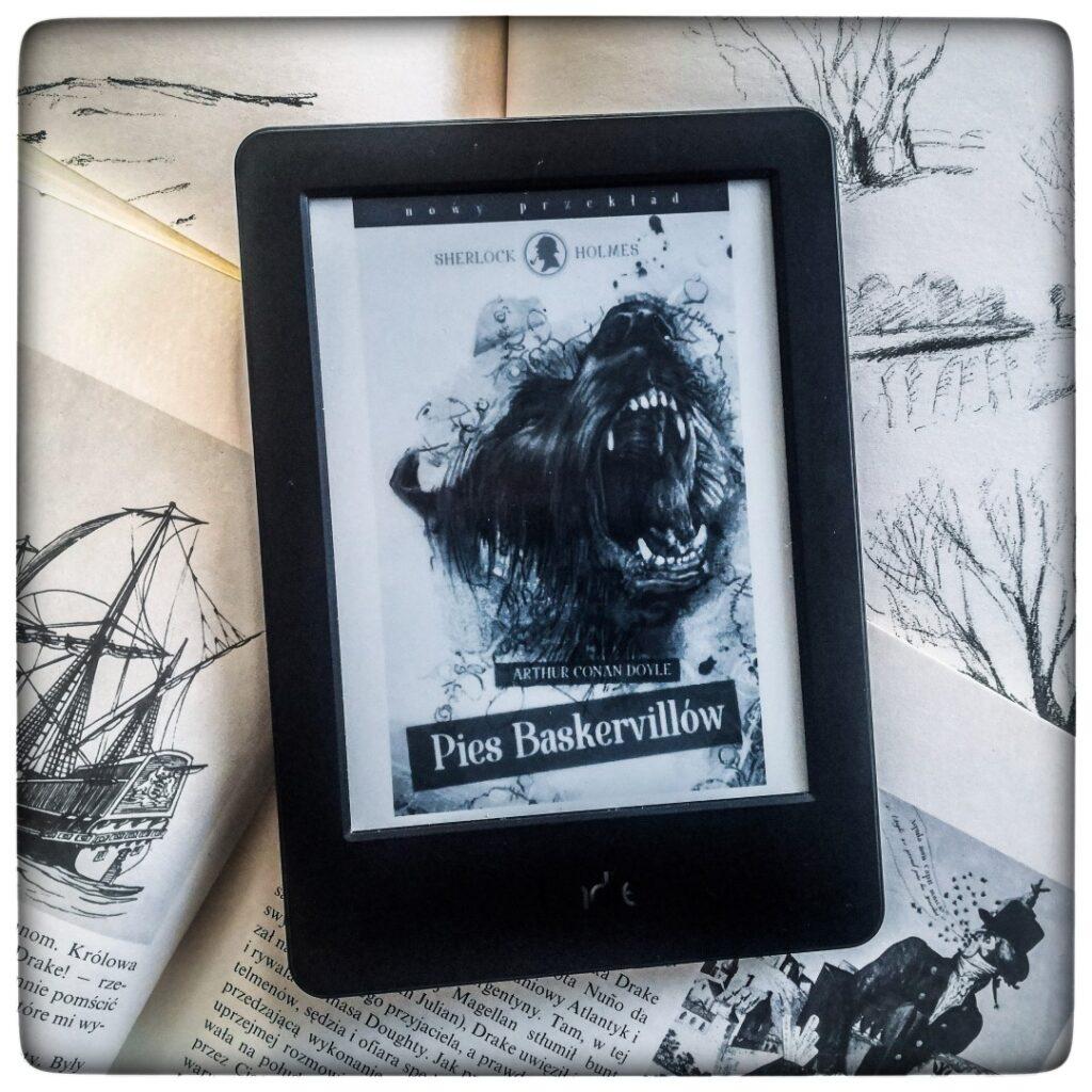 Pies Baskerville'ów - Arthur Conan Doyle - czytoholik